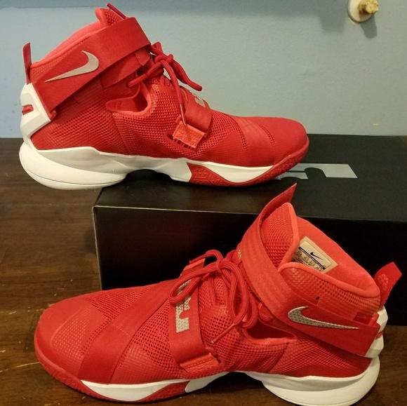 sale retailer 79ea3 1d0e9 Nike LeBron Soldier 9 Ohio State. M5acbfe03daa8f66583fe54fd